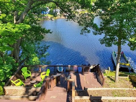 Дом на берегу озера Хидэуэй на цепи озер