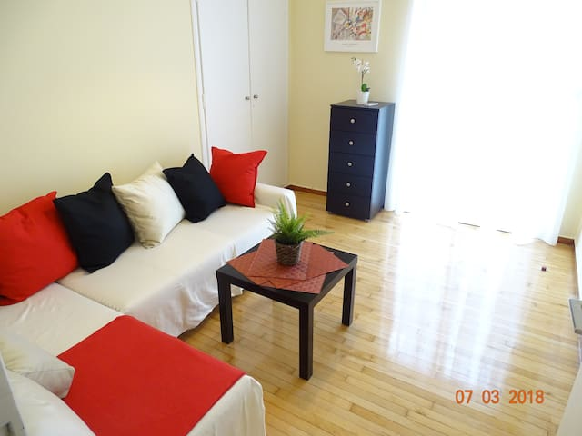 Monastiraki beautiful apartment !!!