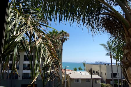 Sandy Ocean Blvd Charmer - Long Beach