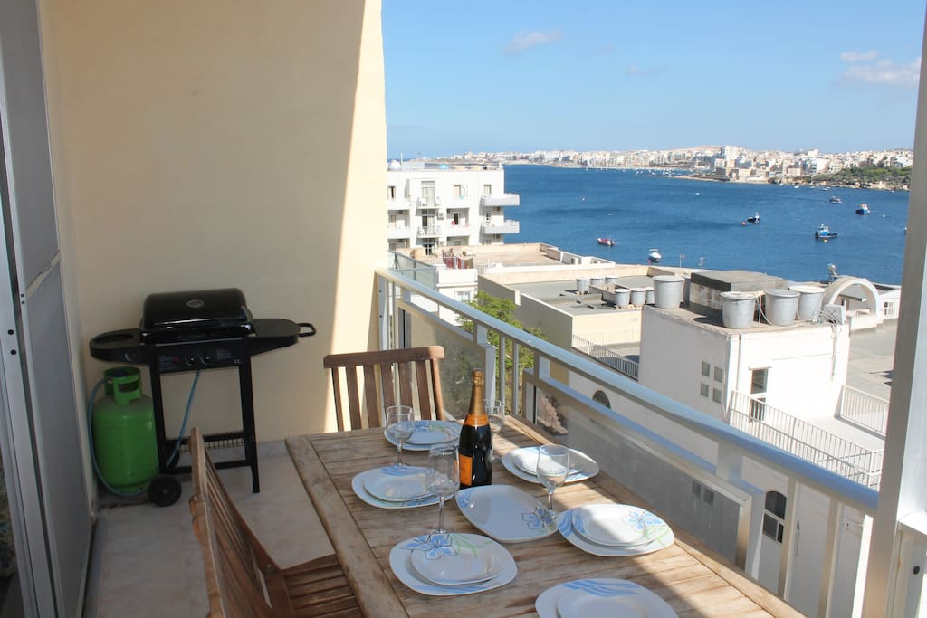 Terrace 6m x 1.5m with Gas BBQ and great views