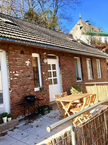 Eigenes Häuschen & Terrasse in der Oberstadt