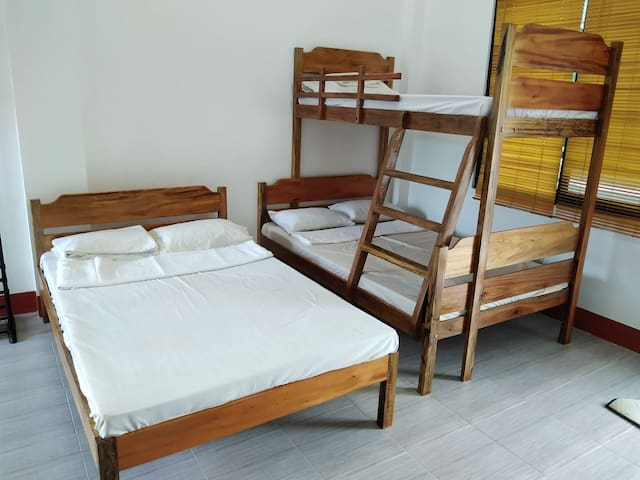 Bedroom (with 2 double bed; 1 single bed at the upper deck)