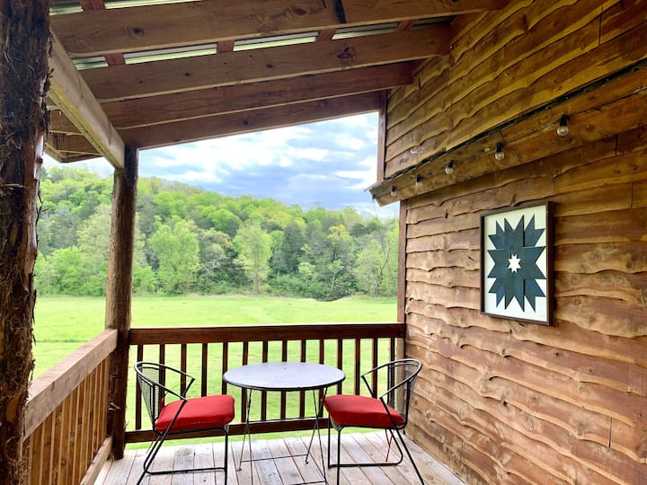 Cabin-ette at the Creek ~ a Tiny Ozark Getaway