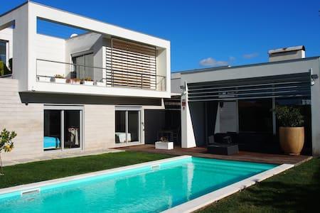 Luxus Villa nähe Lissabon & Stränden
