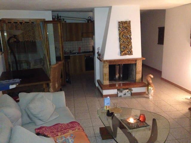 Camino, corte, 5' da stazione - Balerna - Apartment