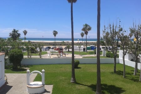 Conil beach views, modern and comfortable!
