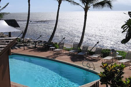 Molokai Escape Condo including Car all inclusive!