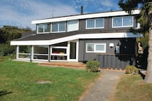 Holiday cottage with 4 bedrooms on 150m² in Ebeltoft
