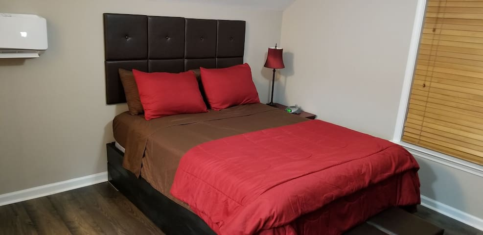 Unshared 2 Bed 2 Bath Exclusive Use Private Access