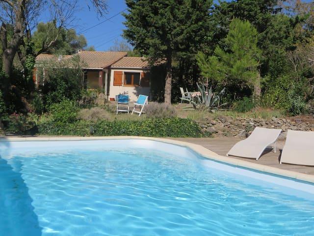 Huis met privé zwembad & privacy - Montbrun-des-Corbières - Hus