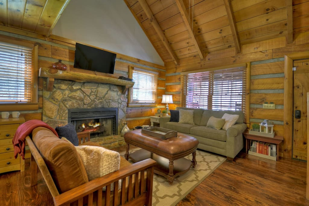 Beary Cozy - Living Area