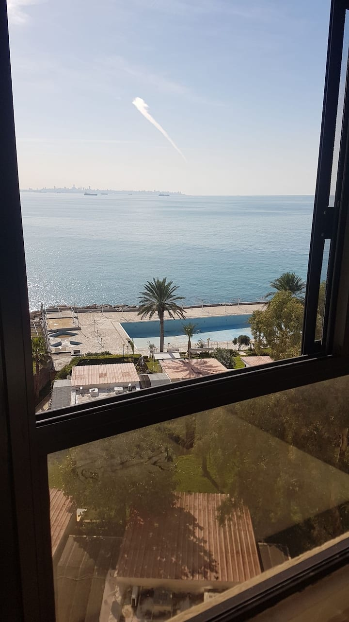 Vue sur mer à TabarjaBeach +1 chambre individuelle