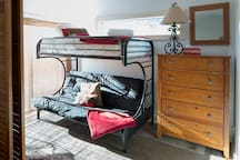 Bunk\Futon adjacent to the Master Bedroom