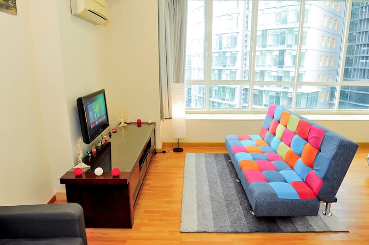 Max's Home Studio 500m KLCC Twin Tower 1~4pax