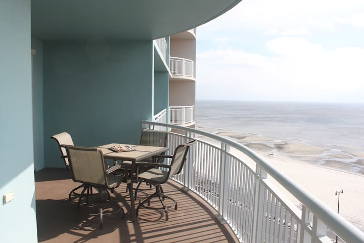 Condo with spectacular View - Gulfport - Apartment