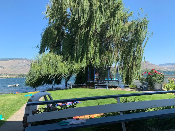 Lovely and quiet cottage on Osoyoos Lake
