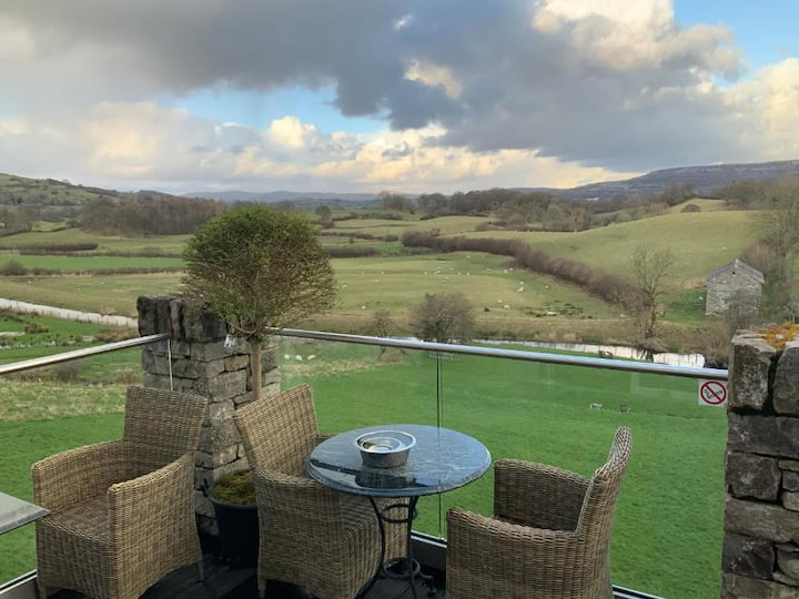 Lyth Valley Country House Property