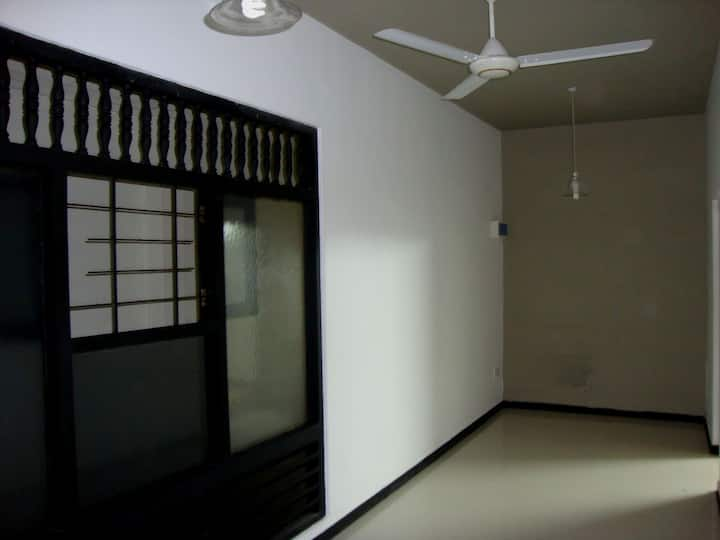 2 BEDROOM HOUSE IN COLOMBO 06