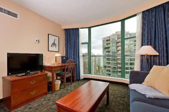 Vancouver Robson Downtown  2 bedroom Suite