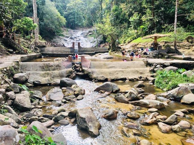 MSM Ceria Chalet Lata Bayu Waterfall