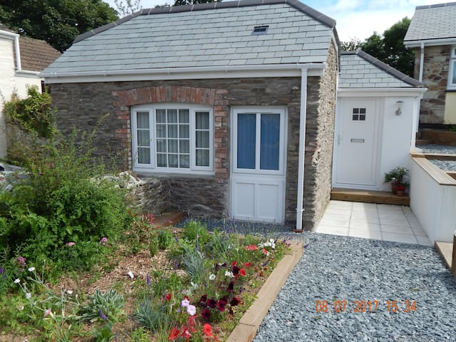 Rose's Cottage - Gorran Churchtown - Bungalow