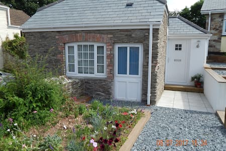 Rose's Cottage - Gorran Churchtown - บังกะโล