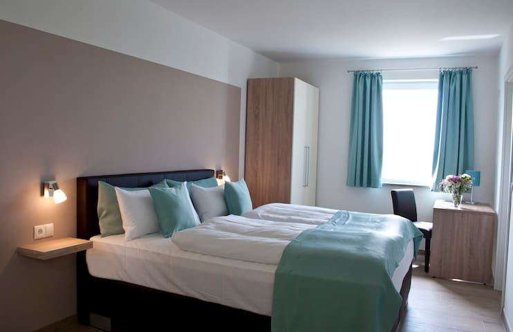 Room near Munich Airport and Therme Erding
