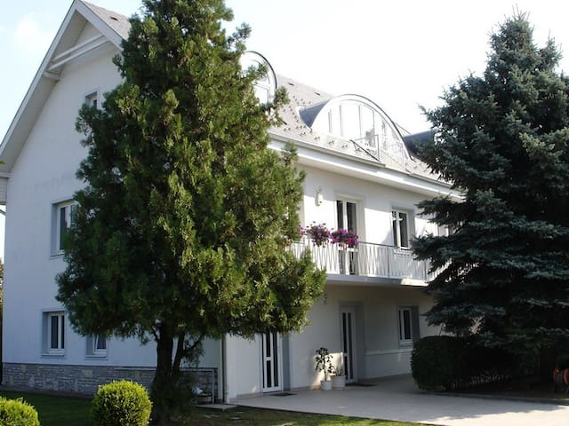 Villa Helka - Balatonfüred - Huis