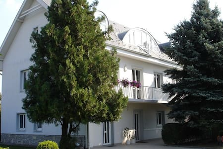 Villa Helka - Balatonfüred - Hus