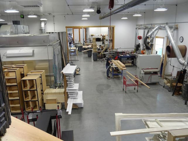 The cabinet Shop