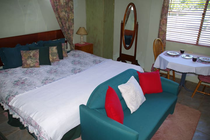 Mimsbrook Farm B&B   Garden Room - Darling Downs - Szoba reggelivel