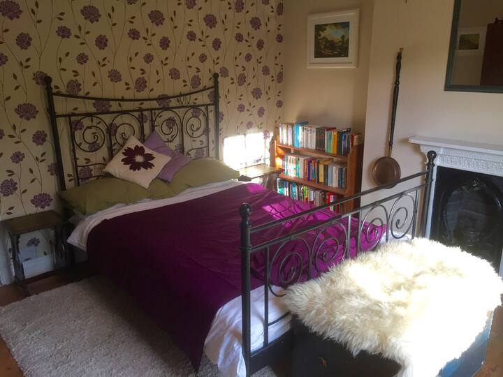 Self contained room in Ironbridge, Telford.