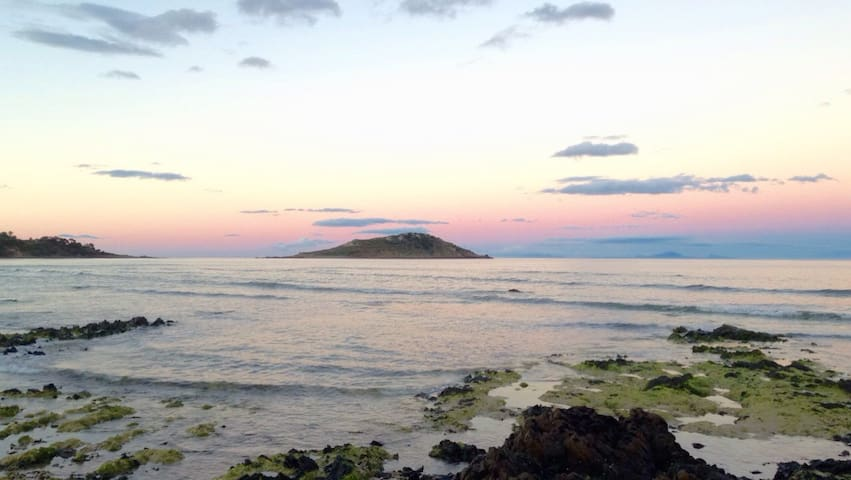 Tomahawk Island