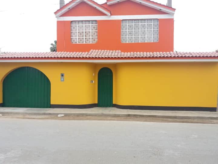 "Alojamiento familiar ""El Viñedo"" 02- centro de Ica"