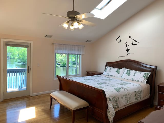Master Bedroom with King bed overlooking the lake