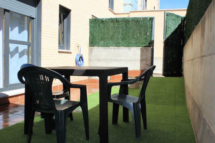 Apartamento nuevo en zona tranquila junto a Soria
