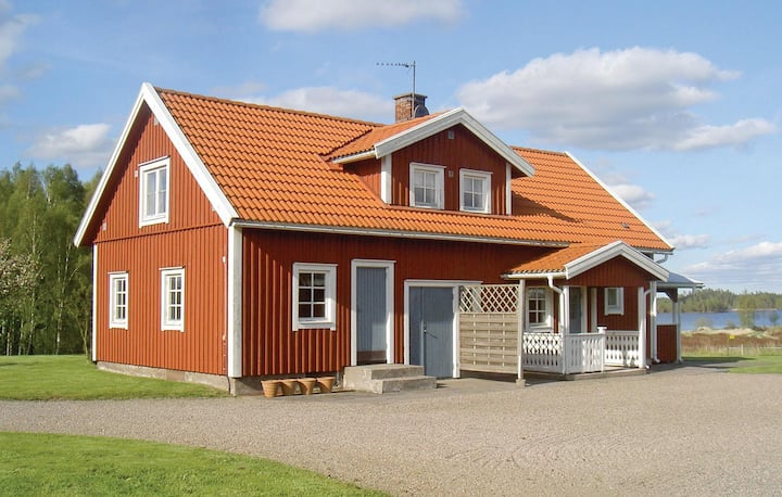 Nice home in Vittaryd with 3 Bedrooms