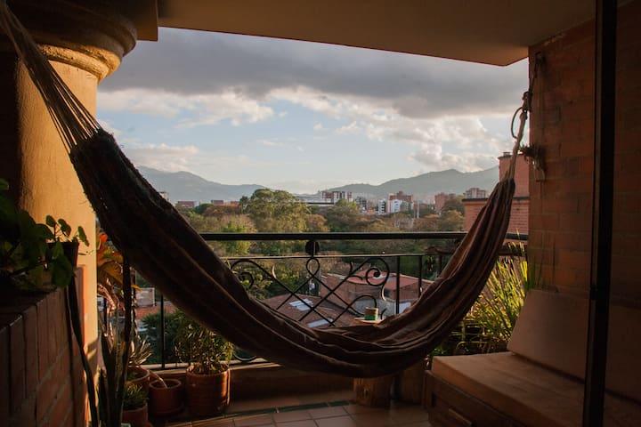 Cozy & secure apartment in Laureles - Medellín - Appartement