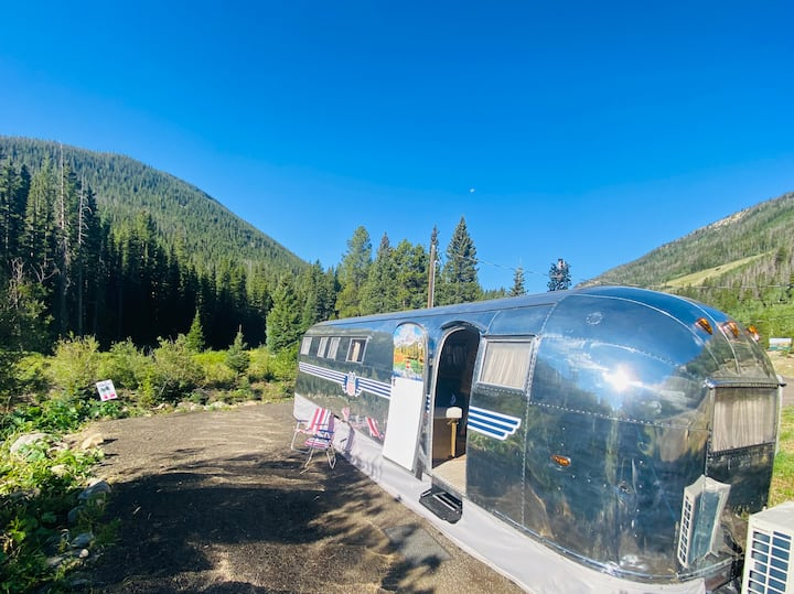 Creekside Restored Vintage Airstream