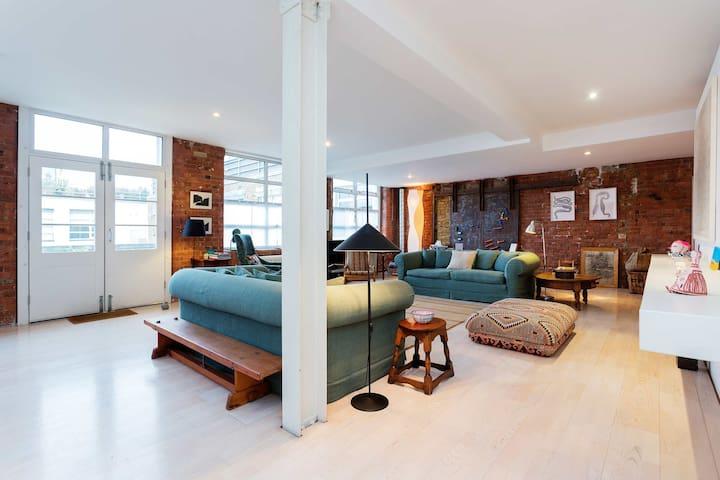 Characterful 2 bed loft, sleeps 5, Shoreditch - Londres - Loft