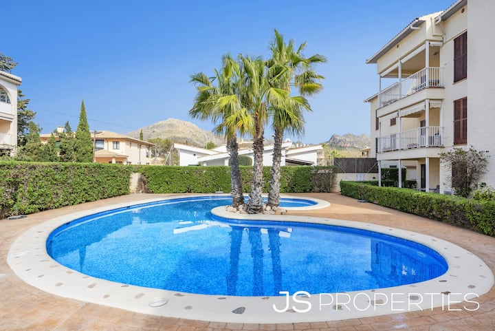 Ap. Mimosas with pool and 90m from the beach