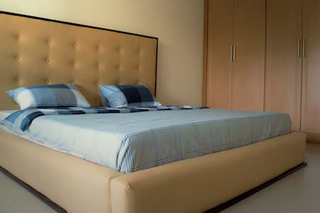 Chapter 1- Guest Room Victoria Island, Lagos - Eti-Osa - Townhouse