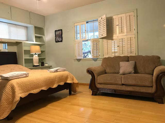Single Room in Arcadia, CA