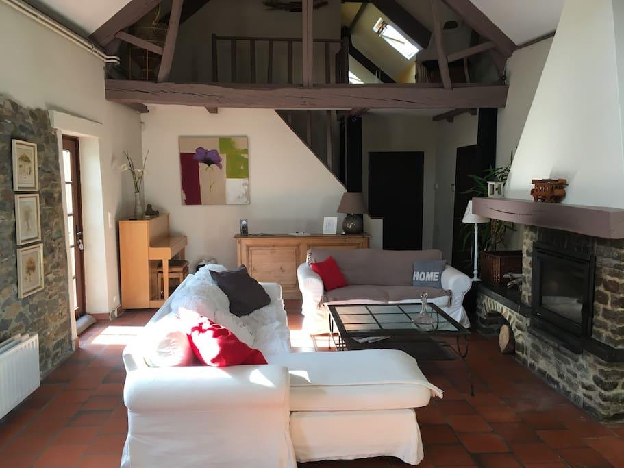 villa aurore etage privatif 30km de bruxelles chambres d 39 h tes louer rebecq wallonie. Black Bedroom Furniture Sets. Home Design Ideas