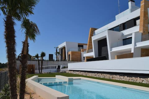Casa Jo: panoramic & seaview near golf Villamartín
