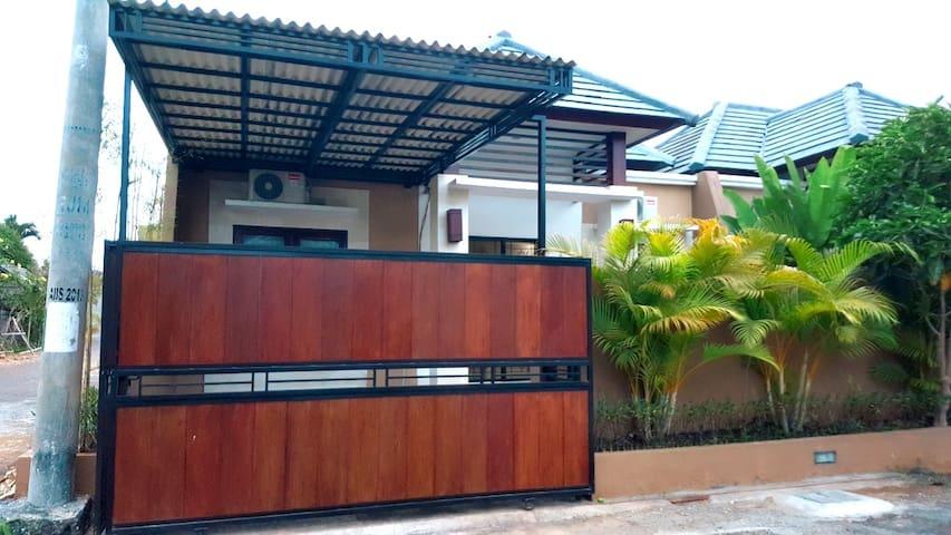 SuperSale! FULL HOUSE Nusa Dua Royal 2BR 1Bath