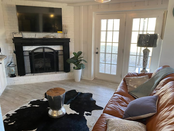 Brookhaven Manor Apartment