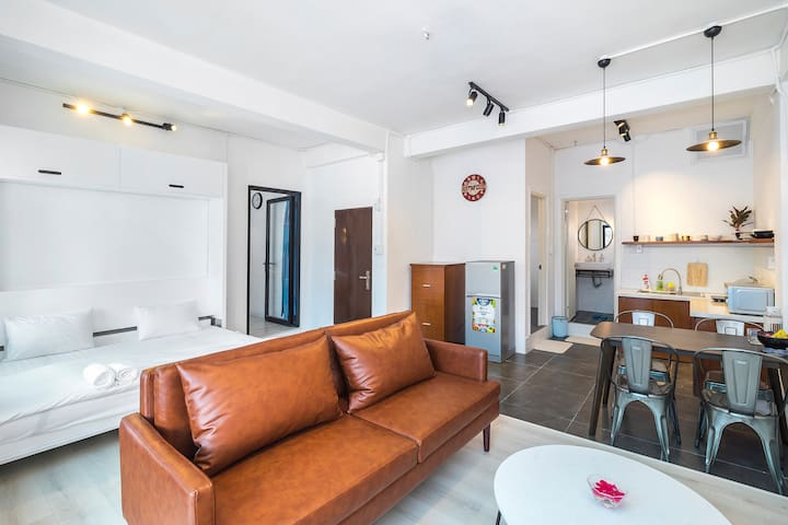 The Wooden Apartment @ Bui Vien - Chilling Space 2