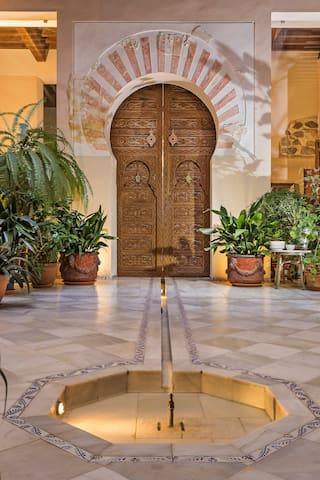 Casa Palacio Rincón de la Catedral: Templo