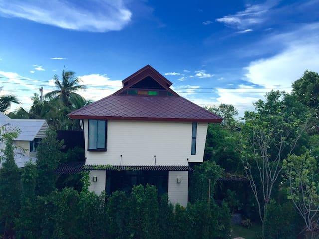 Boon Villa, you call your home aborad - Chiang Mai - Villa